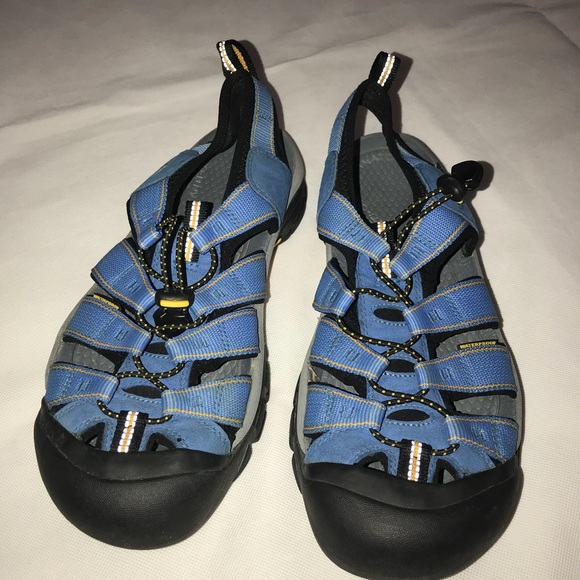 11b8bd0ca0 Keen Shoes   Mens Waterproof Sandals Sz 10 Blueblack   Poshmark